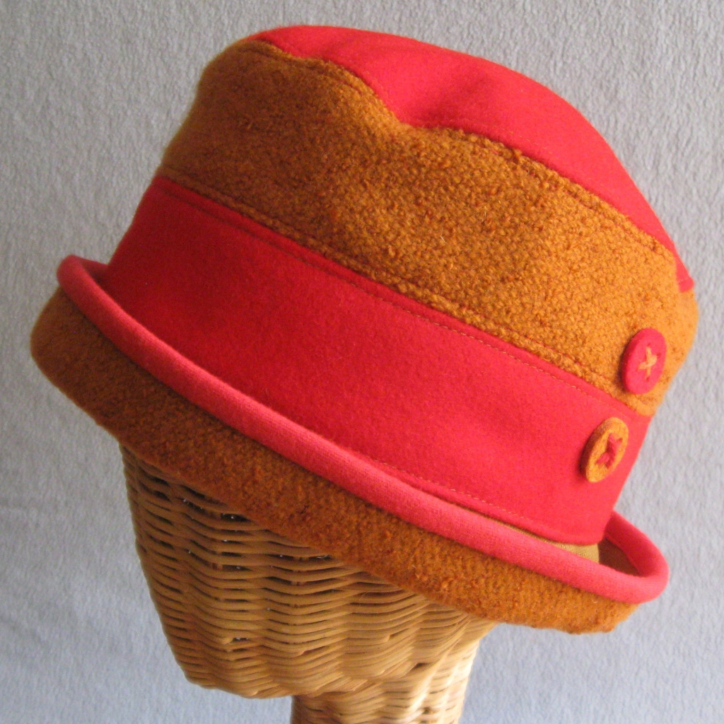 16. Two-toned Cloche.  small,large  $85.