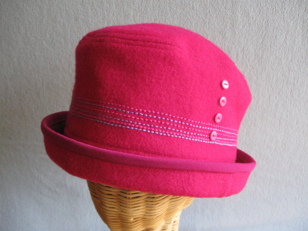 13 fuchsia Cloche. small  $68.